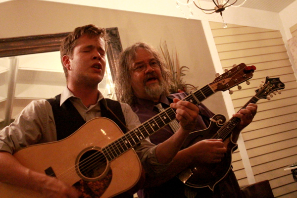Billy Strings and Don Julin harmonizing by Eric Crump